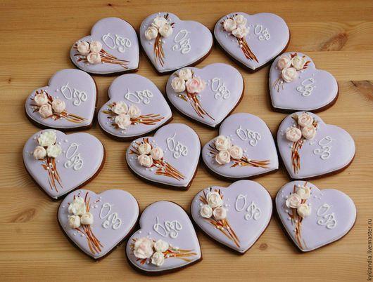 Кулинарные сувениры ручной работы. Ярмарка Мастеров - ручная работа. Купить Нежные сердечки с инициалами. Handmade. Комбинированный, свадьба, пряник