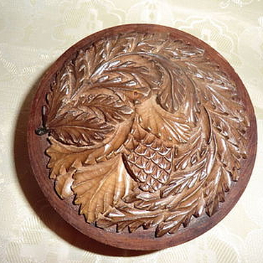 Для дома и интерьера ручной работы. Ярмарка Мастеров - ручная работа Шкатулка из дерева Шишечка Художественная резьба. Handmade.