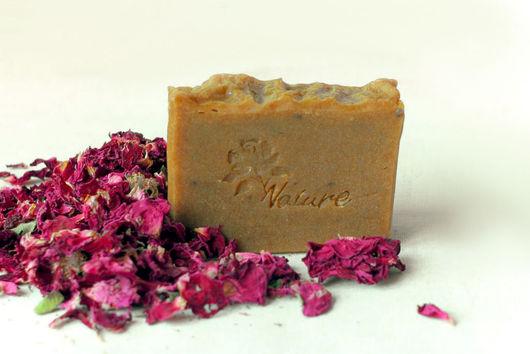 Натуральное цветочное мыло.