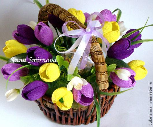 """Букеты ручной работы. Ярмарка Мастеров - ручная работа. Купить """"Первоцветы"""". Handmade. Тёмно-фиолетовый, конфетный букет, Шоколадные конфеты"""