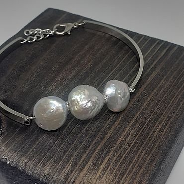 Decorations handmade. Livemaster - original item Bracelet with three Baroque luxury pearls. Handmade.