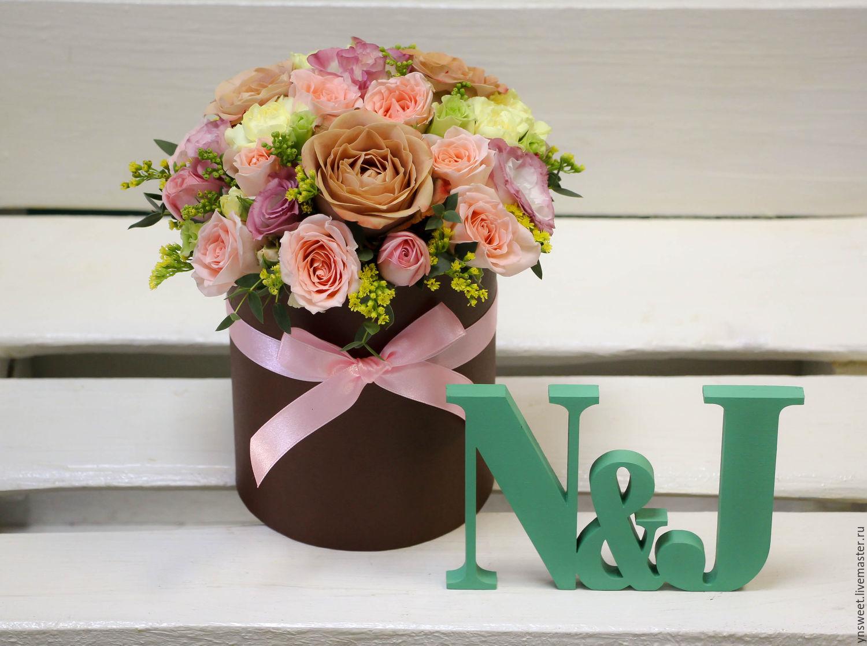 Красивые шляпные коробки с цветами фото