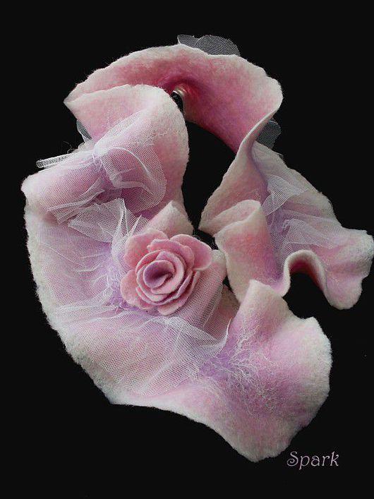 """Шарфы и шарфики ручной работы. Ярмарка Мастеров - ручная работа. Купить валяный шарфик """"Фламинго"""". Handmade. Роза, бледно-розовый"""