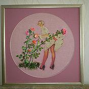 Картины и панно ручной работы. Ярмарка Мастеров - ручная работа Пин ап. Девушка у куста роз.. Handmade.