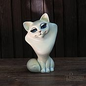 Для дома и интерьера handmade. Livemaster - original item Figurine of an adorable white CAT. Handmade.