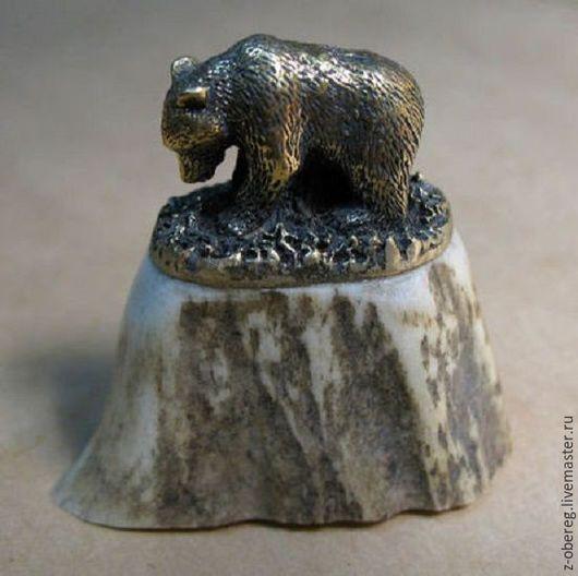 Статуэтки ручной работы. Ярмарка Мастеров - ручная работа. Купить Оригинальный подарок - Медведь, бронза, рог.. Handmade. Золотой, медведь