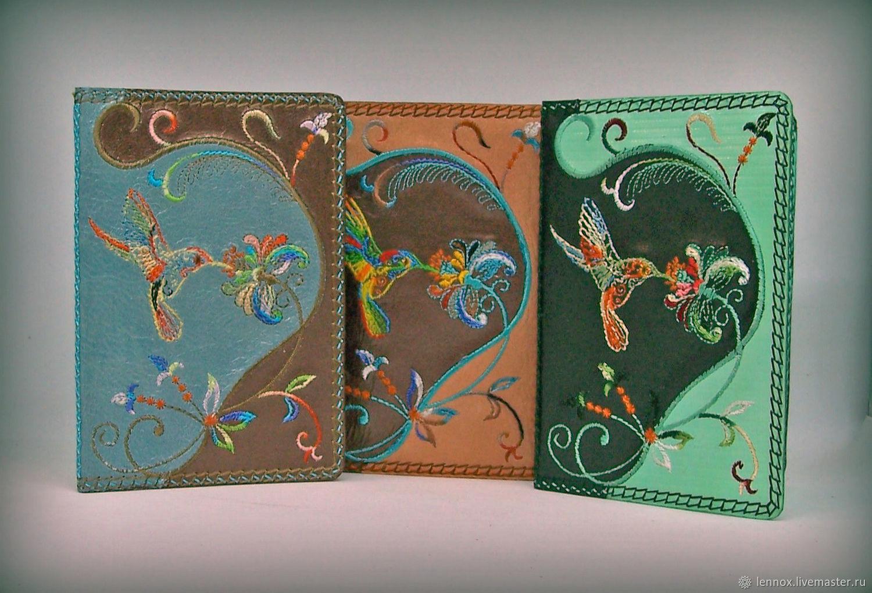 Обложка для паспорта кожа с вышивкой Колибри, Обложки, Санкт-Петербург,  Фото №1