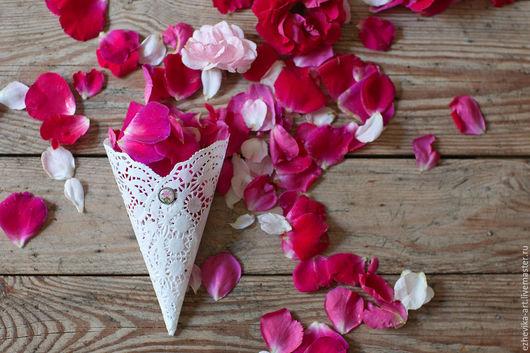 Свадебные аксессуары ручной работы. Ярмарка Мастеров - ручная работа. Купить Кулечки для лепестков роз. Handmade. Белый, свадьба