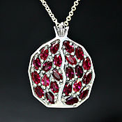 Украшения handmade. Livemaster - original item 925 sterling silver Garnet pendant with faceted garnets (VIDEO). Handmade.