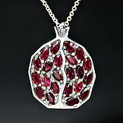 Украшения handmade. Livemaster - original item 925 sterling silver Garnet pendant with faceted garnets (VIDEO). Handmade.