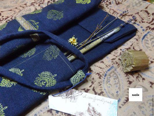 Джинсовый пенальчик с набивным индийским рисунком.)))))))  Восток - дело тонкое)))))