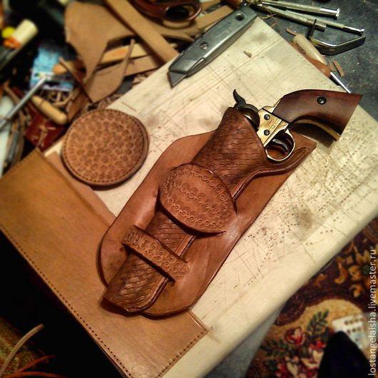 Футляры, очечники ручной работы. Ярмарка Мастеров - ручная работа. Купить кобура для кольта. Handmade. Бежевый, револьвер, ковбойский стиль