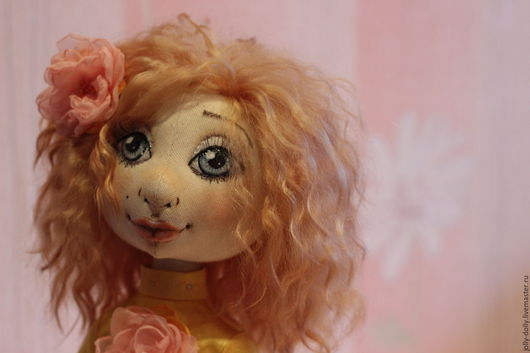 Коллекционные куклы ручной работы. Ярмарка Мастеров - ручная работа. Купить Кукла Мариша. Handmade. Желтый, хлопок, стразы