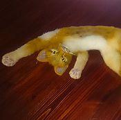 Куклы и игрушки ручной работы. Ярмарка Мастеров - ручная работа Валяная из шерсти игрушка. Валяный рыжий котенок Принц Гарри.. Handmade.