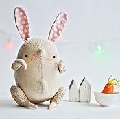 Куклы и игрушки ручной работы. Ярмарка Мастеров - ручная работа Зайчик Попрыгайчик Льняной. Handmade.