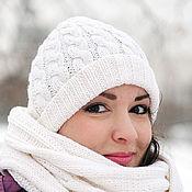 Аксессуары ручной работы. Ярмарка Мастеров - ручная работа Комплект шапка вязаная и шарф белый молочный. Handmade.