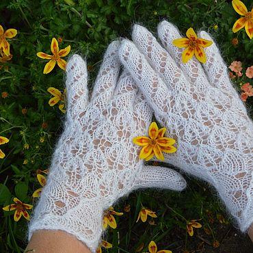Accessories handmade. Livemaster - original item Gloves LEAVES feather women`s. Handmade.