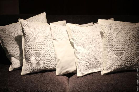 Текстиль, ковры ручной работы. Ярмарка Мастеров - ручная работа. Купить Подушка декорированая кружевом, 50х50 см. Handmade. Белый