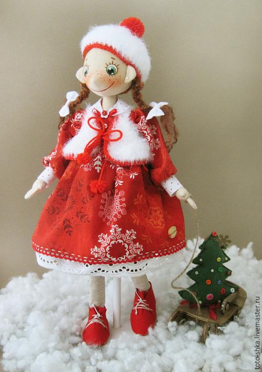 Коллекционные куклы ручной работы. Ярмарка Мастеров - ручная работа. Купить Эх, прокачу. Handmade. Ярко-красный, новогодние игрушки