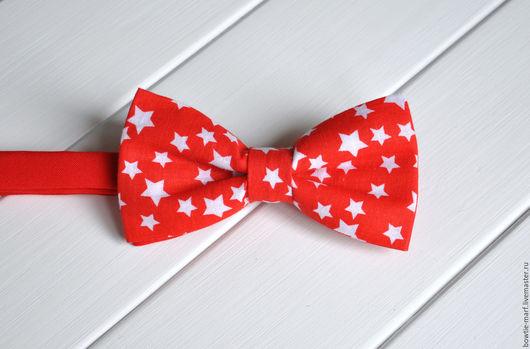 Галстук-бабочка красный с белыми звездами -  аксессуар ручной работы из коллекции РАСПРОДАЖА от MARF.