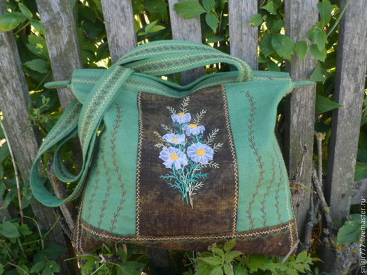 Женские сумки ручной работы. Ярмарка Мастеров - ручная работа. Купить Льняная сумочка ,вышитая лентами  Ромашки. Handmade. Зеленый