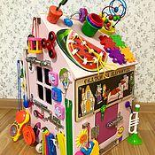 Бизиборды ручной работы. Ярмарка Мастеров - ручная работа Бизиборд дом для девочки от 8 месяцев.. Handmade.