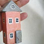 """Куклы и игрушки ручной работы. Ярмарка Мастеров - ручная работа Игрушки  """"Домик в каждый дом"""" дерево. Handmade."""
