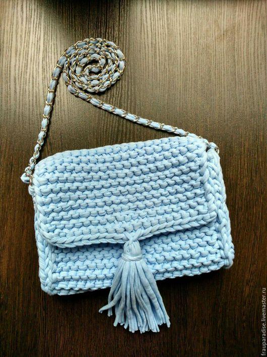 Женские сумки ручной работы. Ярмарка Мастеров - ручная работа. Купить Голубой клатч из трикотажной пряжи с кистью. Handmade. Клатч