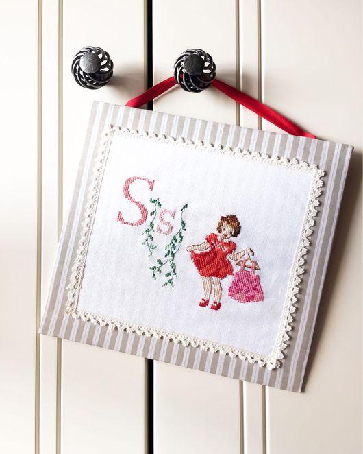 Детская ручной работы. Ярмарка Мастеров - ручная работа. Купить Табличка на дверь для девочек. Handmade. Вышивка, вышивка ручная