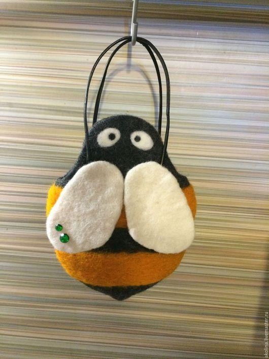 """Женские сумки ручной работы. Ярмарка Мастеров - ручная работа. Купить сумочка для девочки """"Пчелка"""". Handmade. Комбинированный, пчелка"""