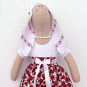 Куклы и игрушки ручной работы. Ярмарка Мастеров - ручная работа Зайка тильда в красно-белом платье. Handmade.