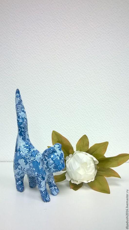 Статуэтки ручной работы. Ярмарка Мастеров - ручная работа. Купить Котенок синий. Handmade. Синий, подарок девушке, подарок маме