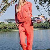 Одежда ручной работы. Ярмарка Мастеров - ручная работа Кашемировый костюм на молнии с капюшоном Коралловый. Handmade.