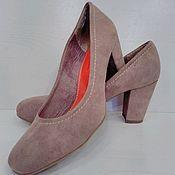 Винтаж ручной работы. Ярмарка Мастеров - ручная работа Бежевые туфли из замши на устойчивом каблуке на 39 размер. Handmade.