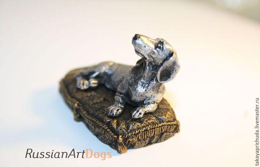 Статуэтки ручной работы. Ярмарка Мастеров - ручная работа. Купить ТАКСА - статуэтка (оловянная миниатюрная фигурка собаки). Handmade.