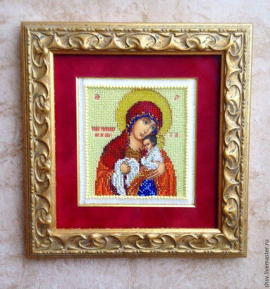 Икона освящена 07.04.3016 в Храме Пресвятой Богородицы в `Ясенево`.