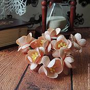 Цветы искусственные ручной работы. Ярмарка Мастеров - ручная работа Цветы вишни кремовые 5 шт. Handmade.