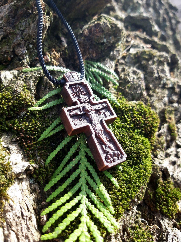 крестик деревянный нательный на заказ фото