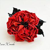 Украшения handmade. Livemaster - original item brooch made of leather and suede red lovely rose red and black. Handmade.