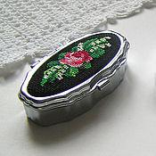 Для дома и интерьера handmade. Livemaster - original item Pill box (small box) with embroidery