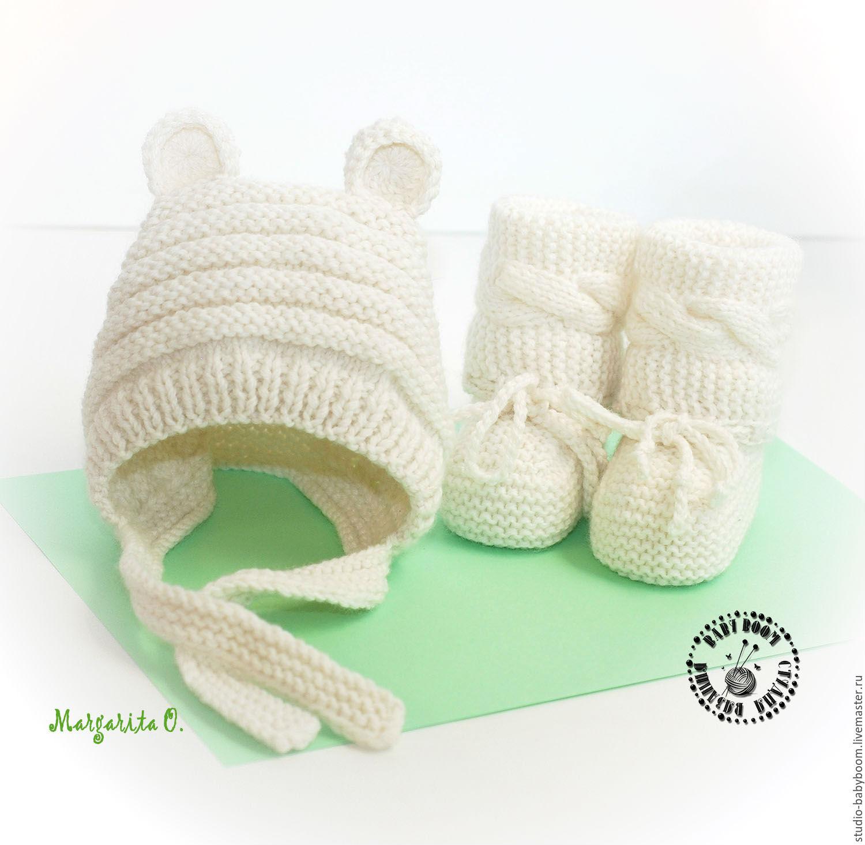 Вязание шапочка и пинетки на выписку из роддома