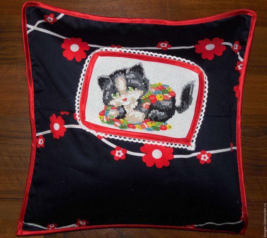 Текстиль, ковры ручной работы. Ярмарка Мастеров - ручная работа. Купить Наволочка детская вышитая - Котик. Handmade. Комбинированный