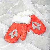 Одежда ручной работы. Ярмарка Мастеров - ручная работа Рукавицы Деда Мороза. Handmade.