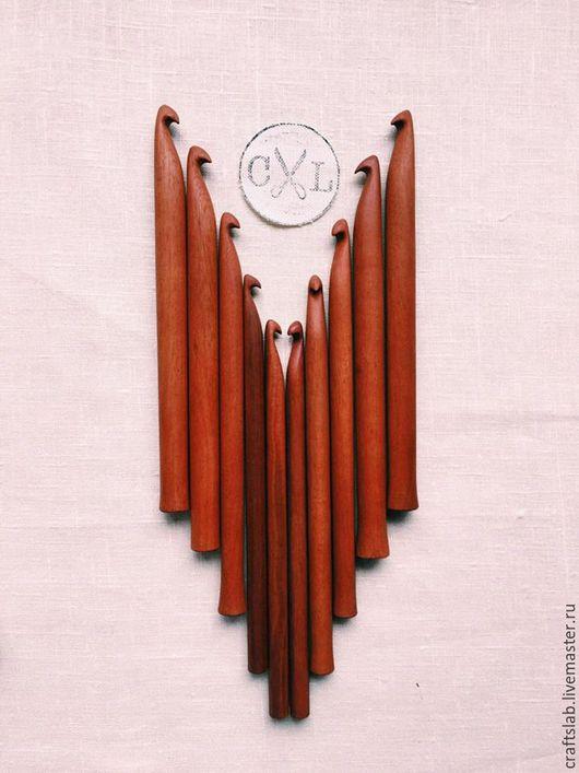 спицы для вязания, спицы ручной работы, крючки деревянные, деревянные спицы, красное дерево, крючок для вязания, крючок, вязание крючком, ручная работа, красивые спицы, подарок рукодельнице,