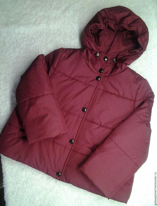 Верхняя одежда ручной работы. Ярмарка Мастеров - ручная работа. Купить Короткая курточка трапеция с капюшоном утепленная. Handmade. Разноцветный