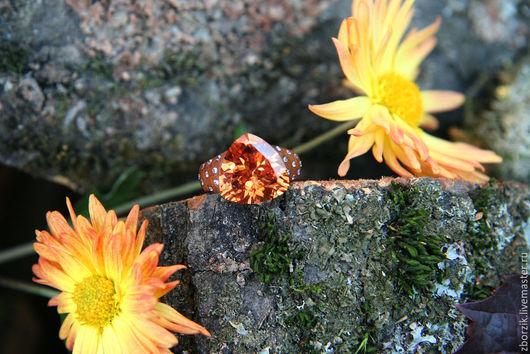 Кольца ручной работы. Ярмарка Мастеров - ручная работа. Купить Изысканный перстень из палисандра с фианитоми. Handmade. Подарок девушке, ь