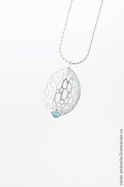 """Кулоны, подвески ручной работы. Ярмарка Мастеров - ручная работа. Купить """"Облако"""" кулон из серебра с натуральным голубым топазом. Handmade."""