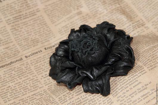 """Броши ручной работы. Ярмарка Мастеров - ручная работа. Купить Брошь """"Роза черная"""" из кожи. Handmade. Черный"""