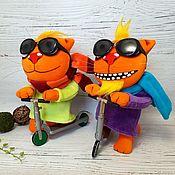Куклы и игрушки handmade. Livemaster - original item Muscovites have arrived! Soft toys cats Vasya Lozhkina on scooters. Handmade.