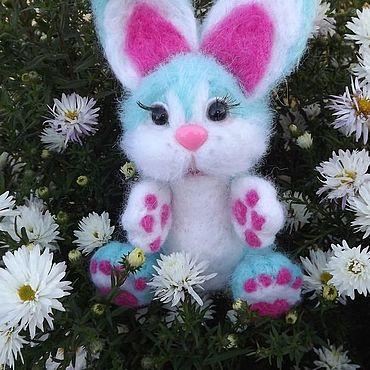 Куклы и игрушки. Ярмарка Мастеров - ручная работа Мягкие игрушки: Мятный заяц. Handmade.